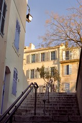 Un escalier du Panier, Marseille (mildiou) Tags: marseille panier stairs escalier
