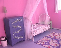 Photos: Painting Girl's Bedroom Walls Pink and Purple ...