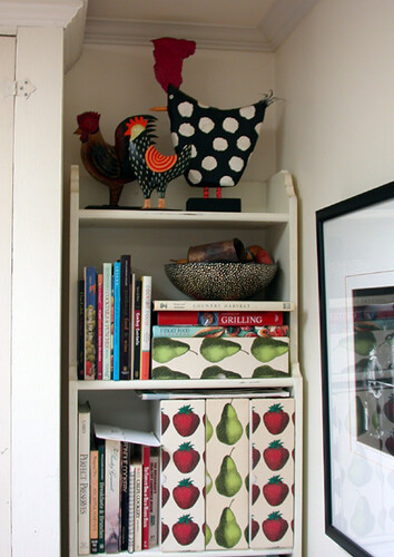 Kitchen bookcase 1