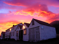 P5130141 (Kelly Cheng) Tags: sunset iceland dusk accommodation berunes
