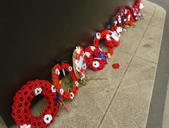 #flowersforheroines (JuliaC2006) Tags: london crochet poppies knitted wreaths warmemorial whitehall