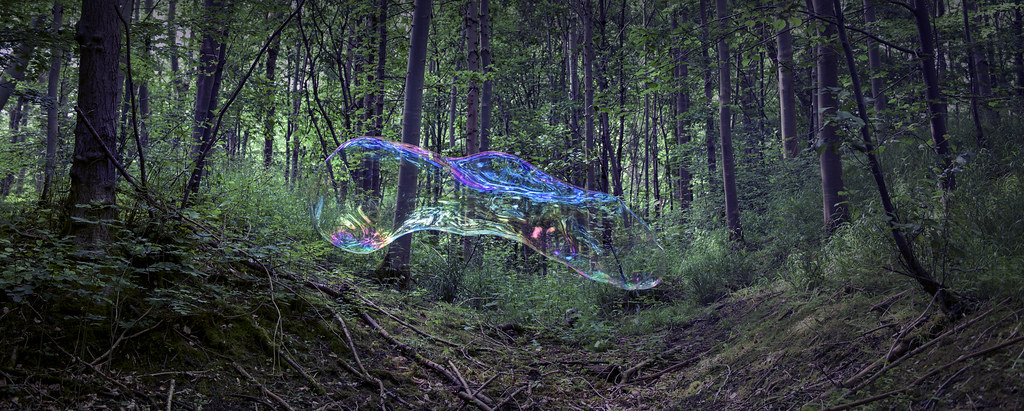 The World's Best Photos of bubble and giant - Flickr Hive Mind