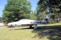 "RF-84F Thunderflash 5 • <a style=""font-size:0.8em;"" href=""http://www.flickr.com/photos/81723459@N04/20061963140/"" target=""_blank"">View on Flickr</a>"