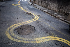 Faixa desviando buracos 03nov2016-15 (BWpress.foto) Tags: acidente asfalto buraco carro cet conserto haddad perigo prefeitura rua ruadiogobotelho trnsito zonaleste