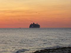 Brilliance of the Seas - Sunset on the Gulf of Mexico (TropicViking) Tags: orange halloween gulf beach sunset tampa florida fort egmont cruiseship brillianceoftheseas portoftampa gulfofmexico gulfsunset fortdesotopark egmontkey