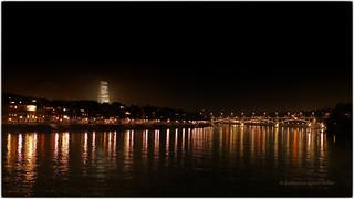 Vterchen Rhein im weihnachtlichen Glanz