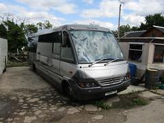 YX04 FYG (markkirk85) Tags: travel bus buses mercedes benz jr executive nouvelle optare fyg o814 yx04 yx04fyg
