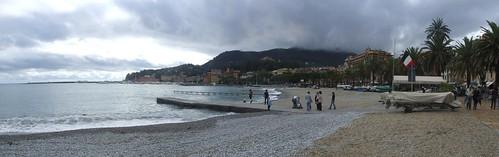 Beach, 27.10.2012.