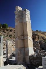 IMG_441a6 (goaniwhere) Tags: ephesus ephesusturkey turkey ancientcity historicsite history rubble ruins grandtheatre libraryofcelsus mycenean