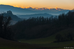 Rossena Castle at sunset (gaddi_luca) Tags: sunset rossena castello altramonto collinereggiane storia matilde maniero nikonpassion nikond700