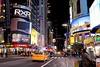 Serata newyorkèse ((Raffaella@)) Tags: timessquare usa nyc newyork america luci lights colori colours winter inverno vacanza holiday gennaio january