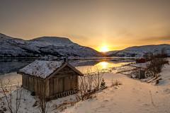 hello sunshine (John A.Hemmingsen) Tags: sunset tromsø kvaløya kattfjord snow landscape troms fujifilm xt2 fujinon1024 sun