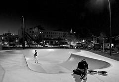 Skate pain (Harm Weitering) Tags: architecture evening skateboard avond architectuur emmen raadhuisplein