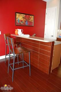 Cognac Breakfast Counter