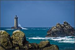Phare du Four - Porspoder (jyleroy) Tags: ocean sea mer lighthouse france brittany europe bretagne atlantic panasonic explore phare dmc finistère atlantique océan porspoder fz200