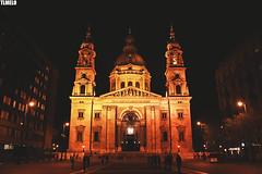 St. Stephen's Basilica - Budapest  - Hungary (TLMELO) Tags: szentistvánbazilika night noite panorama hungria parlamento húngaro hungarian danubio széchenyilánchídbridge