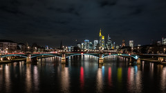 El Clásico (Frank Siebach) Tags: frankfurt am main river brücke fuji xpro2 xf16 langzeitbelichtung nachtaufnahme