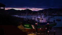 El pesquero (Carpetovetón) Tags: amanecer sunrise puerto castrourdiales cantabria varaderos carrosvaraderos barco pesquero albopuertas mar marcantábrico nikond610 nikon1835 españa
