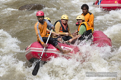 White water rafting at Phuket, Thailand - 17/01/2017      XOKA0780bs (forum.linvoyage.com) Tags: action helmet women woman sexy family happy funny mountain whitewater extrem extreme экстрим droplet spray splash брызги паттая краби самуи pattaya krabi samui phuket thailand canoe oar sport raft rafing people fun river hard рафтинг народ люди человек река вода бурный пороги пхукет таиланд тайланд пукет тай vehicle boat outdoor water лодка спорт портрет девушка женщина girl portrait