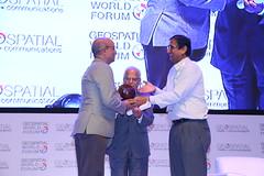 PROFESSIONAL SOCIETY OF THE YEAR - OSGEO (Geospatial World) Tags: gwf2017 geospatialleadershipawards geospatial hall fame