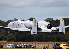 A-10 Thunderbolt (Bernie Condon) Tags: tattoo plane flying display aircraft aviation military attack jet airshow usaf fairchild cas warplane a10 ffd fairford thunderbolt riat airtattoo closesupport