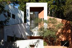 santa cruz - kresge college 15 (Doctor Casino) Tags: architecture campus architect ucsc ucsantacruz charlesmoore williamturnbull universityofcaliforniasantacruz resdiential 19661974 mooreturnbull