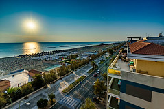 Alba a Riva (Sharky.pics) Tags: morning italy beach nature water dawn europe july it shore abruzzo adriaticsea pescara 2015