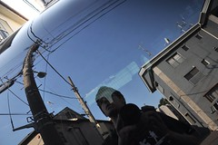 The rear window and me (Thorsten Reiprich) Tags: city summer portrait urban travelling car sunshine japan asia day power capital line   kanto supply tokio honshu    toshima