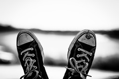 1721 (MikeOSantos) Tags: white black shoes bokeh converse and chaussures