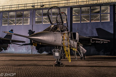 TLE Jaguar Shoot - RAF Cosford (harrison-green) Tags: jaguar gr3 raf royal air force cosford sepecat retirement end an era canon eos 700d sigma 18250mm op granby spotty jag special paint scheme aircraft aviation 238 squadron outdoor vehicle airplane t2 jet trainer fast animal tle timeline events photoshoot photo shoot night nightshoot steven harrisongreen sunset sky cloud dusk serene