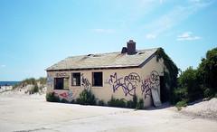 Fort Tilden (neilsonabeel) Tags: olympustrip35 olympus newyorkcity queens rockaways forttilden kodakektar