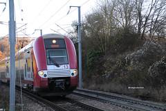 Train de voyageurs avec automotrice CFL 2213 à L-Oberkorn (rickyproductions) Tags: 2213 loberkorn lesvoiesferrées oberkorn obercorn uewerkuer luxemburg luxembourg letzebuerg lëtzebuerg lussemburgo gleis gleise binari rail rails railway railways schinnen schienen ferrovia fermata bahnhof gare stazione automotrice triebwagenzug triebwagen voiturepilote cfl 2200 cfl2200 tren trein zuch zug züge train trains treno treni railroad ferrovie eisenbahn eisebunn chemindefer personentransport transportencommun transportpublic verkehr trasportopublico publictransport spoorlijn trainrégionalexpress2niveaux dubbeldekker trasporto treinen alstom ter2n ter2nng trainstation treinstation coradiaduplex cfl2213