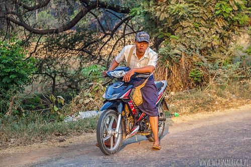 Tajna policja śledząca nas w Birmie