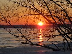 A January Sunset/ Le soleil se couche (anng48) Tags: sunst coucherdesoleil villelasalle montreal quebec qc canada