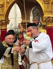 Somewhere in Sicily _ Money  for the Saint??? (piero.mammino) Tags: sicily sicilia soldi money santo saint festa feast prete priest
