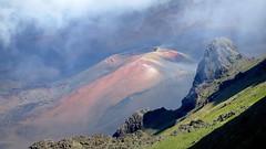 Haleakala volcano, Maui (PeterCH51) Tags: hawaii maui haleakala volcano crater caldera scenery landscape mountain haleakalavolcano haleakalacrater cindercone haleakalā peterch51 america