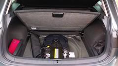 Volkswagen_Tiguan_Highline_4MOTION_BlueMotion_Technology_2.0_TDI_SCR_Indiumgrau_Auckland (realPfeifenheini) Tags: volkswagen tiguan highline 4motion bluemotion auckland indiumgrau indiumgrey grau grey vw suv offroad kofferraum boot trunk 19zoll 19inch 19 zoll inch rline