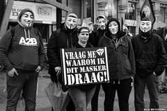 Vraag me waarom ik dit masker draag (Red Cathedral uses albums) Tags: sonyalpha a77markii a77 mkii eventcoverage alpha sony colorrun sonyslta77ii slt evf translucentmirrortechnology redcathedral streetphotography belgium alittlebitofcommonsenseisagoodthing activism protest blackandwhite zwartwit noiretblanc occupy anonymous opawakening gent riot mask maskedfaces vforvendetta guyfawkes
