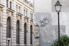 10Foot (Ruepestre) Tags: 10foot art france paris streetart street graffiti graffitis urbain urbanexploration urban