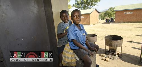"school lunzu malawi • <a style=""font-size:0.8em;"" href=""http://www.flickr.com/photos/132148455@N06/19092100972/"" target=""_blank"">View on Flickr</a>"