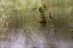 Heavens and Hells (Rambo2100) Tags: cambodia khmer angkorwat unesco galleries siemreap angkor worldheritage basrelief ramayana mahabharata suryavarmanii  avici maharaurava rambo2100 raurava heavensandhells