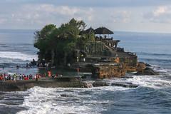 IMG_4538 (FelipeDiazCelery) Tags: indonesia bali tanahlot templo temple religion induhismo hinduismo sea mar playa beach surf