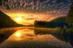 See mit Wolken (radonracer) Tags: sun sunlight clouds see wolken teich spiegelung niederrhein heitkampsee