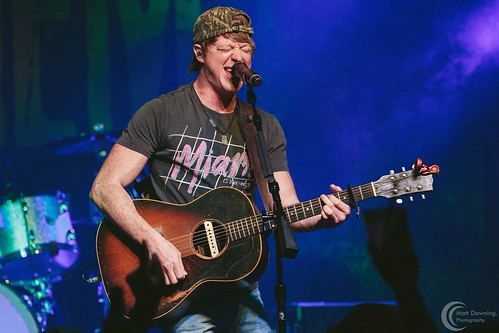 Adam Sanders - July 10 ,2015 - Hard Rock Hotel & Casino SIoux CIty