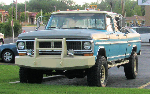 old blue classic ford truck vintage 4x4 pickup pickuptruck vehicle 1970 1970s madeinusa americanmade fourwheeldrive heavyduty fomoco f250 pushbar 4door crewcab highboy 34ton oddpanel eyellgeteven