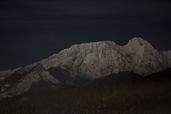 Giewont at night - Poland (Filip Dworniczak) Tags: giewont mountain mountains poland polska tatry zakopane snow long exposure longexposure dark night winter canon eos1300d