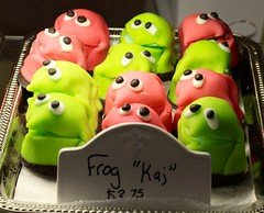 IMG_6803 (ole_G) Tags: frogs pastry danish medford kaj marzipan