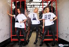 The Selfie Squad Break the Internet! (big.ed75) Tags: mce gridgirls gridgirl biged sammills mcebsb mcebritishsuperbikes tanyaatherton selfiesquad katiegulliver