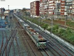 289 (firedmanager) Tags: train tren caf mitsubishi ferrocarril freighttrain renfe trena 289 megacombi railtransport renfemercancías