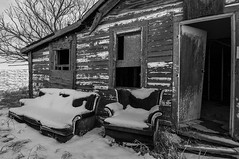 Patio furniture (Len Langevin) Tags: abandoned old forgotten derelict house home rural decay weatheredwood saskatchewan ghosttown furniture snow snowy shack nikon d300s tokina 1116 wow